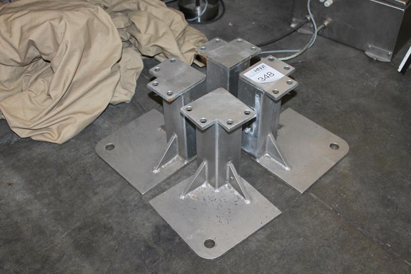 Wonderbaar Vier RVS machine poten / steunen met hoogte 25 cm. | HNVI veilingen TV-32