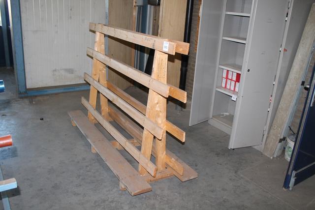 Houten glasbok afmeting 202 x 74 cm hoogte 134 cm hnvi veilingen - X houten ...